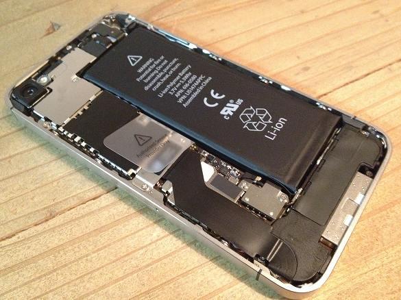 iPhone 4S 中身