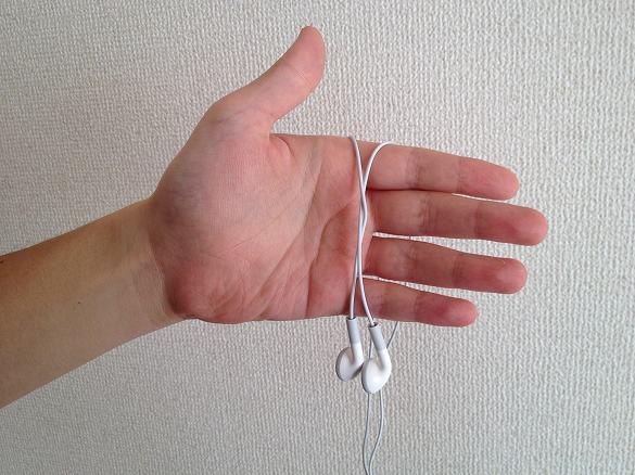イヤフォン 結び方